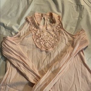 Hollister soft pink cold shoulder blouse